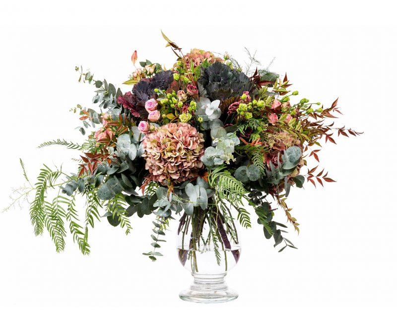 Ramo Flores Nº 18 Hortensias, Rosas, Lisianthus, Brassicas, Verdes varios - Floristería en Madrid Margarita se llama mi amor