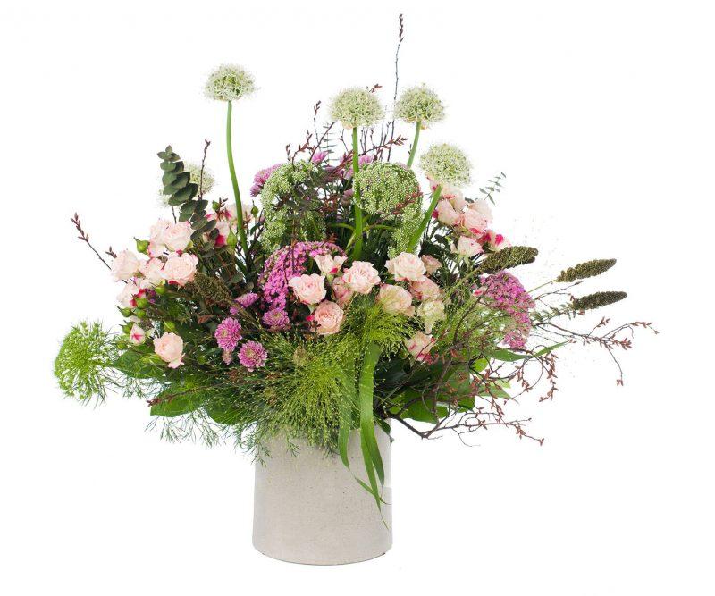 Ramo Nº 21: Allium, Setaria, Ammi majus, Crisantemo, Rosa, Achilea, Panicum, Limonium, Verdes