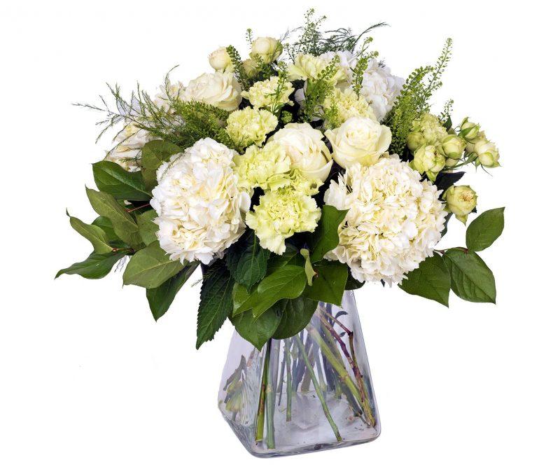 Ramo Nº 31: Hortensias, Clavel, Rosas, Thlaspi, Verdes